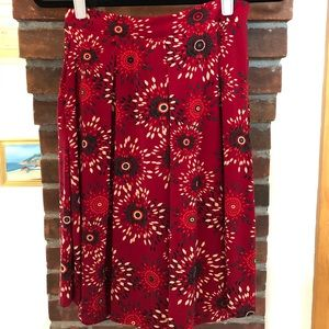 LuLaRoe box pleated Madison skirt .